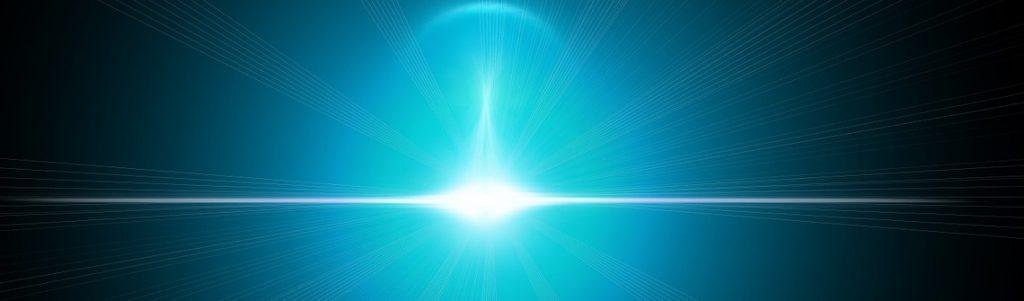 Du silicium émettant de la lumière : un grand pas vers des puces photoniques ultrarapides