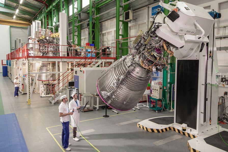 Comment Engie et ArianeGroup veulent décarboner le maritime et l'aéronautique à l'hydrogène vert liquide